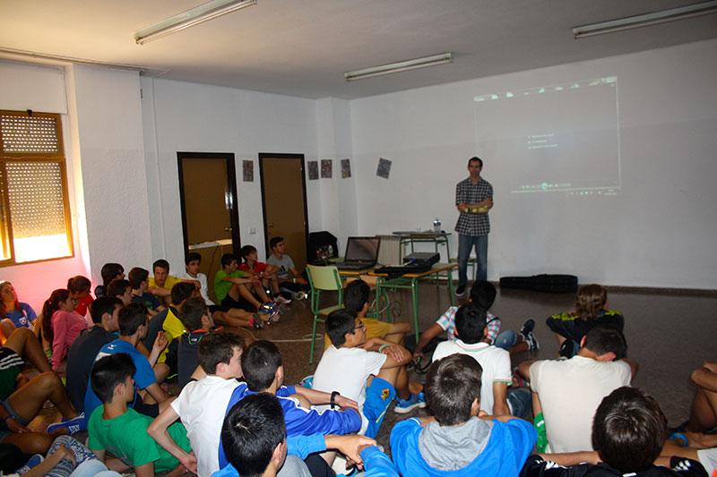 Gabriel Gorce en el Centro Educativo Peñeta Roja de Castellón