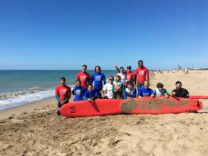 Foto de grupo del Club de Surf
