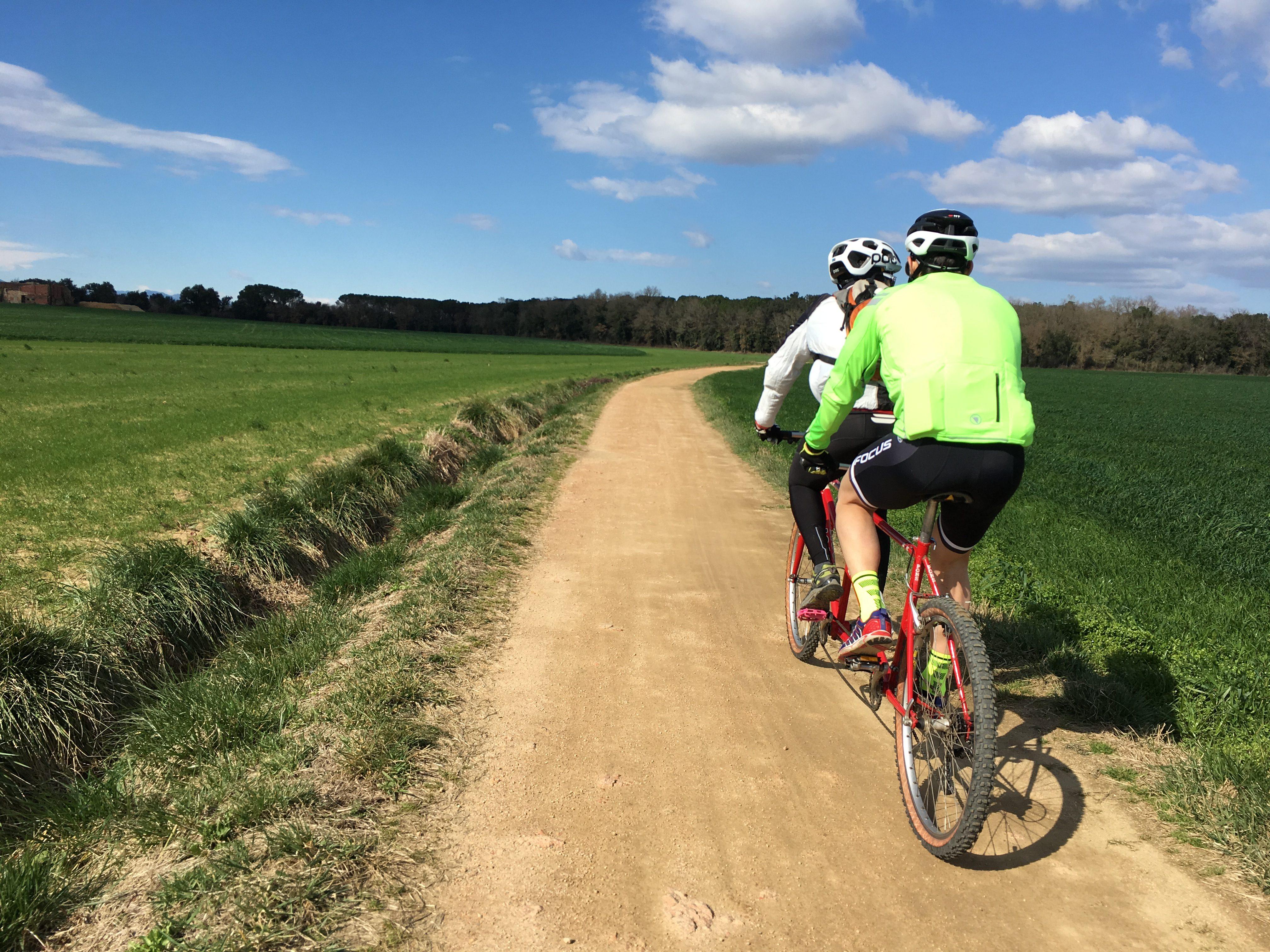 «We bike together», de ruta por la Costa Brava
