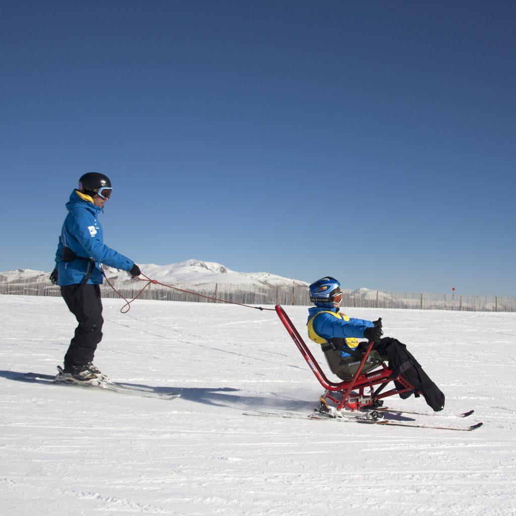 El Ski-Kart de Tessier es una adaptación que puede ser utilizada por personas con afectación en las extremidades inferiores.