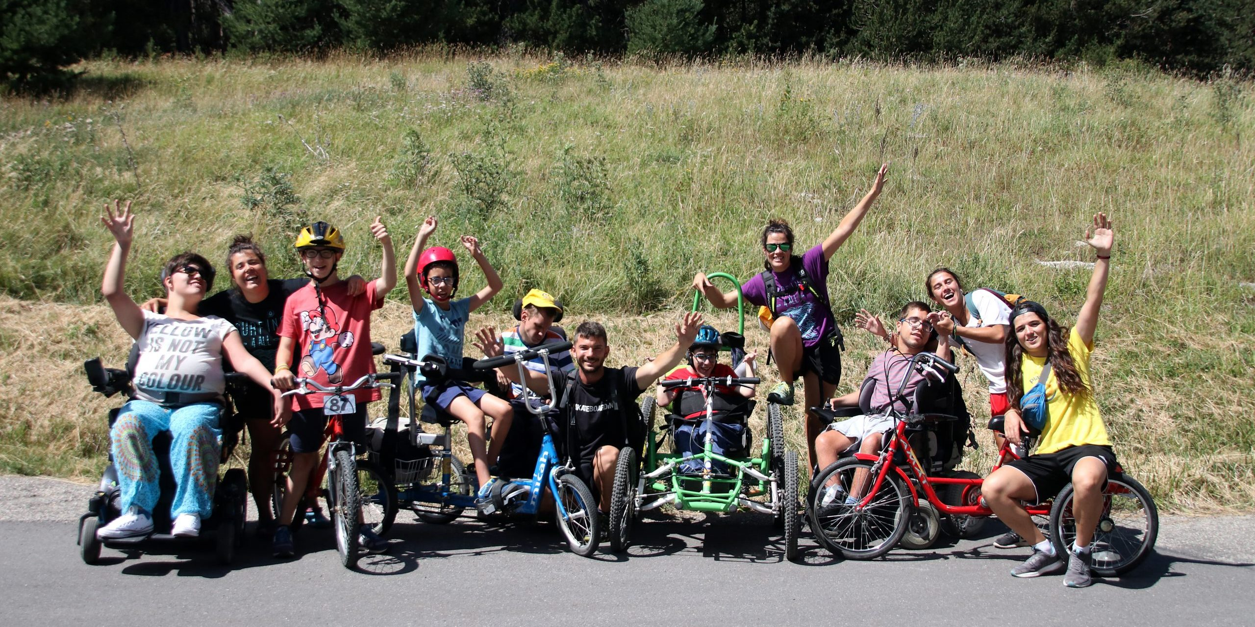 Foto de grupo salida en bicicletas adaptadas