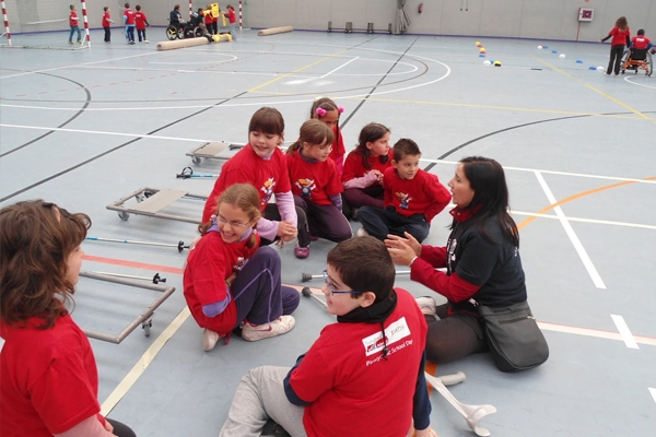 Play and Train education programs
